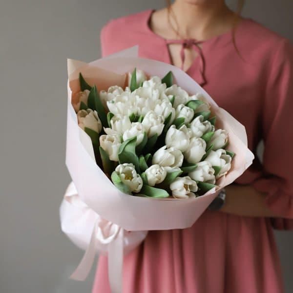 Монобукет из 25 тюльпанов в оформлении №1016 - Фото 5