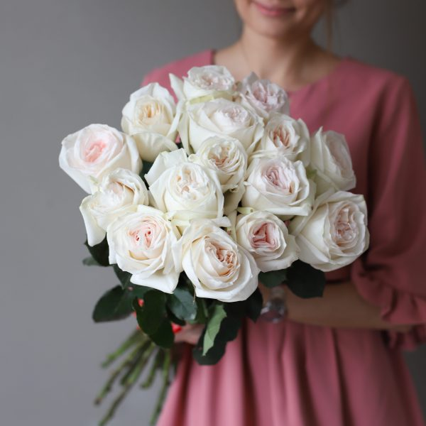 Монобукет из 15 пионовидных роз №1028 - Фото 7