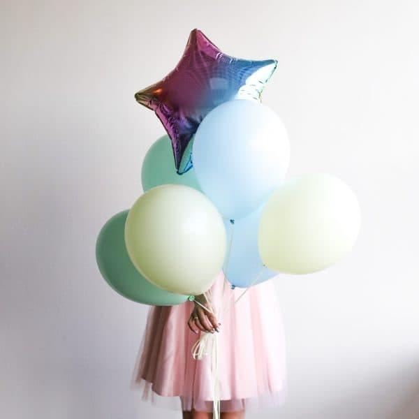 Связка из шариков с фольгированной звездой  №293 - Фото 60