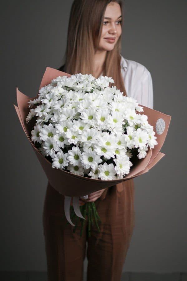 15 кустовых Ромашковых Хризантем в  оформлении №689 - Фото 2