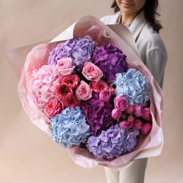Сборный букет с гортензиями и пионовидными розами №833 - Фото 1