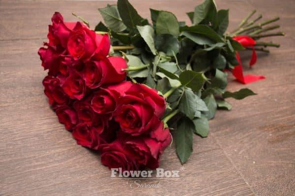 15 Голландских роз красного цвета №254 - Фото 36