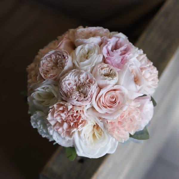 Круглый букет невесты с пионовидными розами  №996 - Фото 1