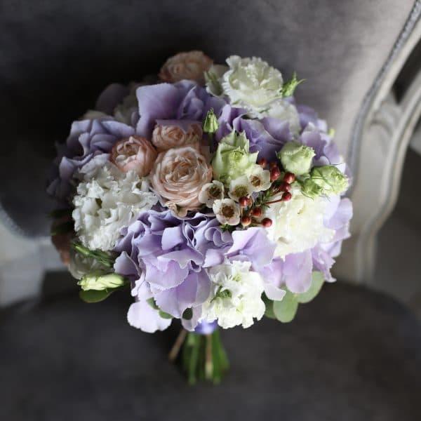 Классический свадебный букет в лавандовой гамме №945 - Фото 1