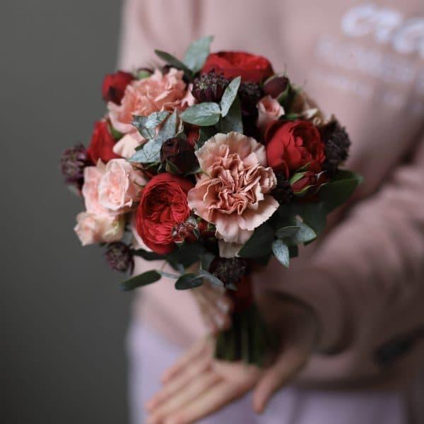 Свадебный букет с пионовидными розами Ред Пиано №953 - Фото 1