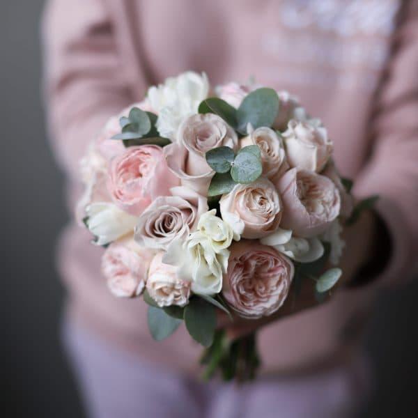 Нежный букет невесты с пепельными розами  №983 - Фото 5