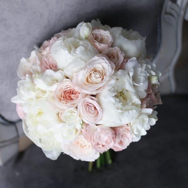 Классический букет с пионовидными розами №999 - Фото 1