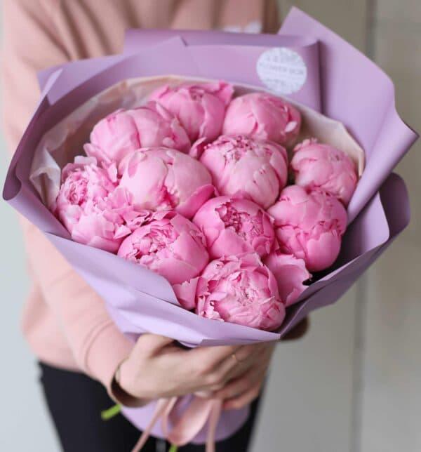 Охапка розовых пионов в оформлении №1130 - Фото 1